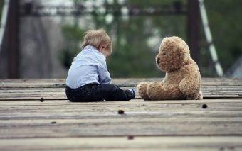 Fără încurajări și suport emoțional, așa se construiește eventual neîncrederea în sine la copii.