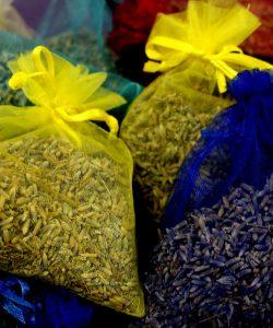 Beneficiile ceaiului de lavandă. Cum te poți bucura de proprietățile lavandei?