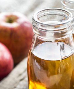 Beneficiile oțetului de mere. Proprietăți, utilizări și beneficii pentru sănătate și frumusețe