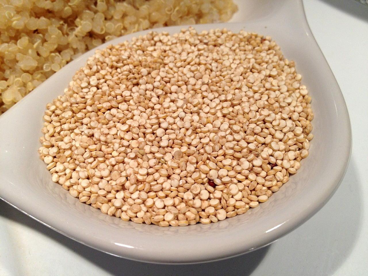 Beneficiile semințelor de quinoa. 7 beneficii dovedite științific