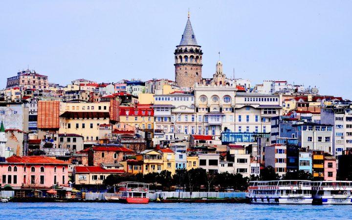 Mărțisor de primăvară în Istanbul
