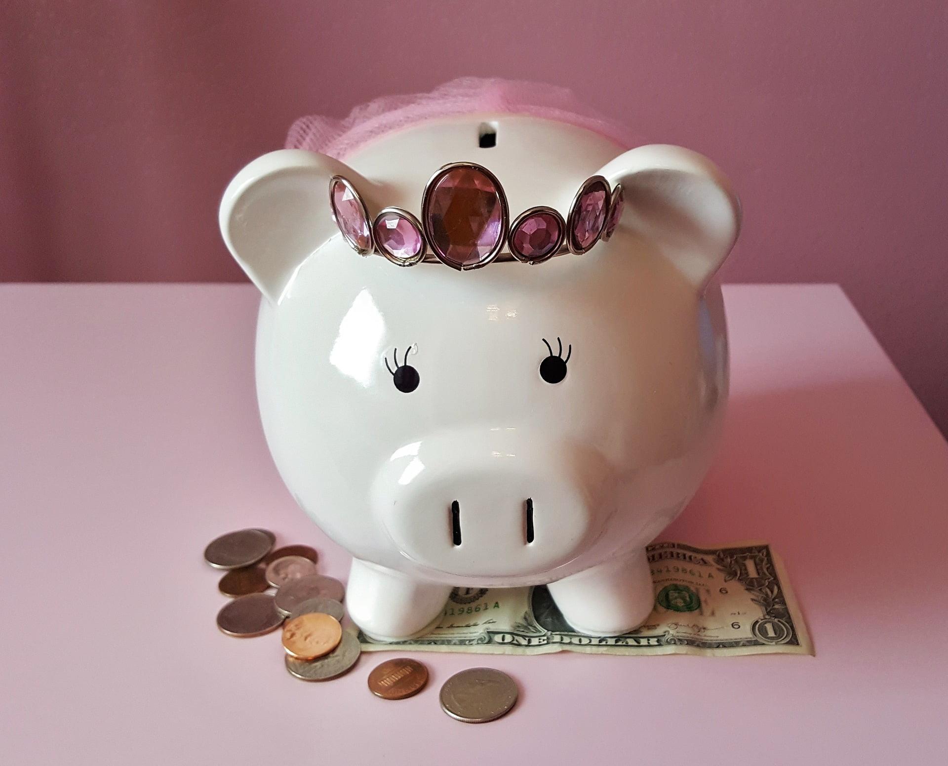 Cum îi învățăm pe copii să economisească este una dintre cele mai importante lecții