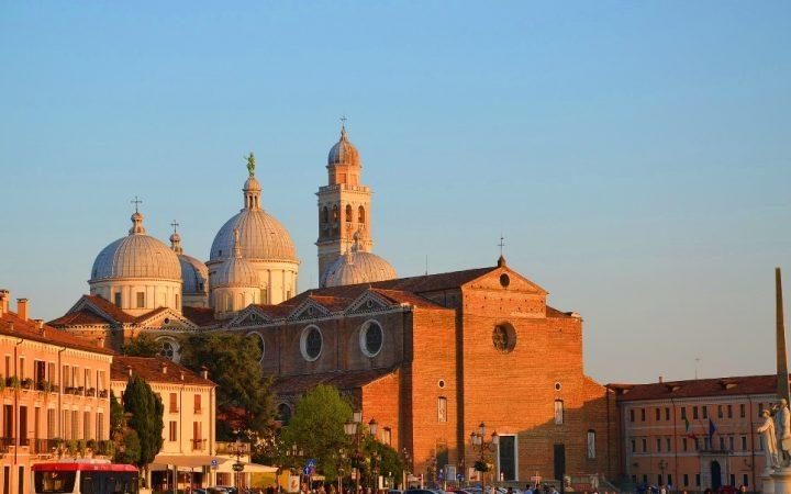 Padova, unul dintre orașele-universitare de prestigiu ale Italiei