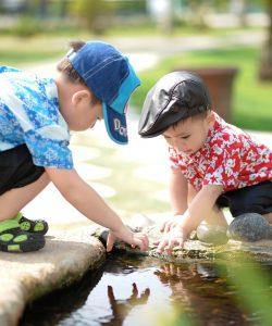 Încurajarea copilului să fie independent. 9 lucruri de făcut pentru a-ți ajuta copilul