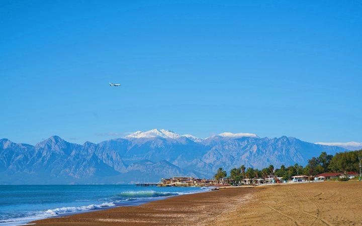 Plaje din Turcia: Lara, cea mai exclusivistă plajă