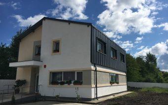 """Kaufland România și Hope and Homes for Children au inaugurat casa de tip familial """"Felicia"""" din Piat..."""