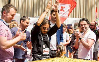 România a intrat în Cartea Recordurilor cu cea mai mare porție de paste fără gluten, gătită la târgu...