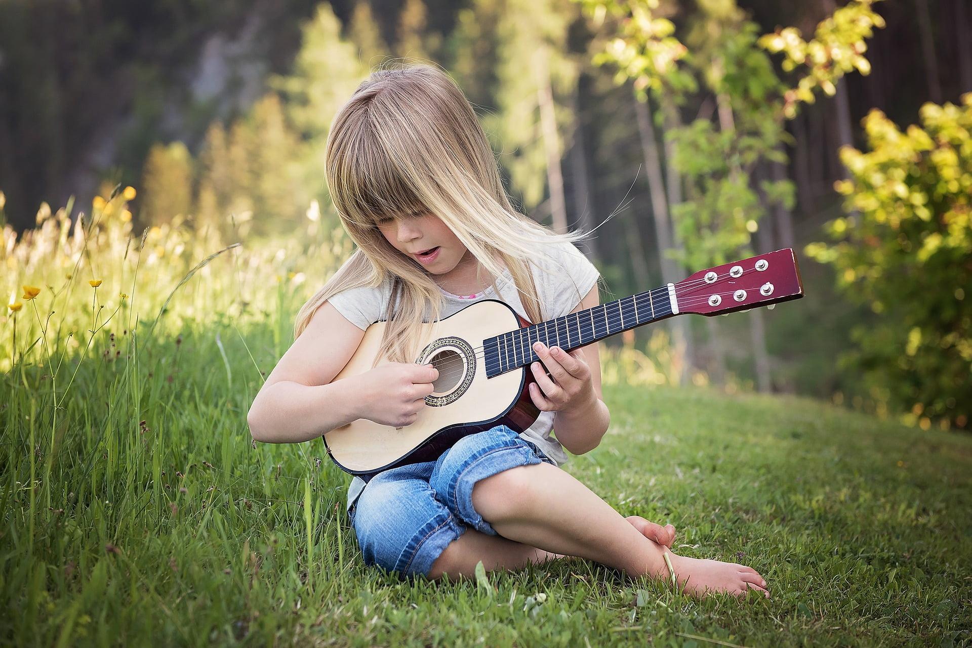 Beneficiile muzicii în dezvoltarea copiilor. Muzica și dezvoltarea abilităților