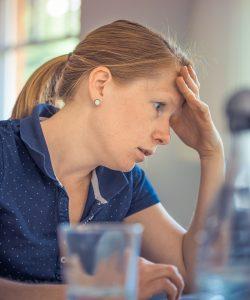 Sindromul burnout la mămici. Care sunt cauzele apariției?