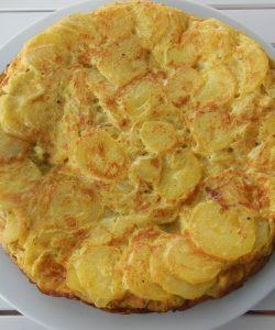Tortilla de cartofi – la prânz sau la cină, bună mereu