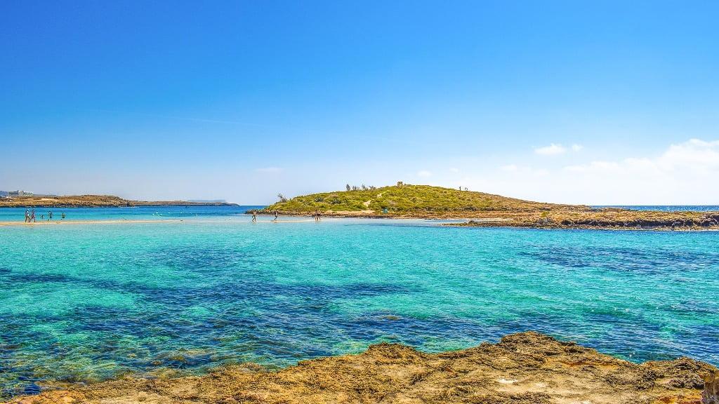 Cele mai spectaculoase plaje europene pe care să le explorezi în iunie