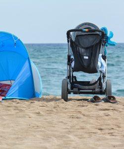 Prima vacanță la mare cu bebe este un pic dificilă, dar nu imposibilă!