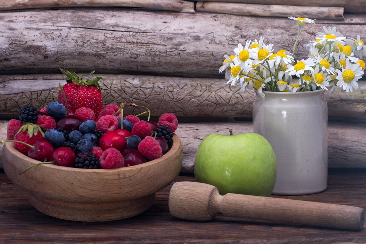 Fructe care conțin fier. 10 fructe care sunt cele mai bogate fier