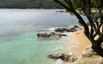 Plaje pentru copii în Croația. Cele mai frumoase și potrivite plaje pentru copii