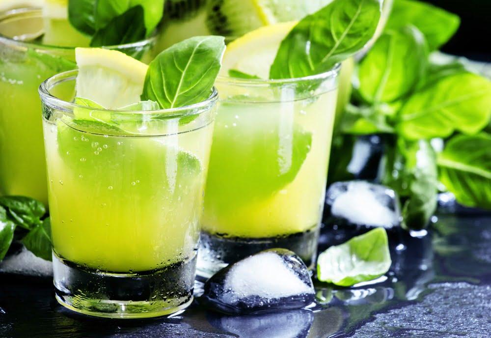 Rețete de limonadă, numai bune pentru o zi de vară caniculară