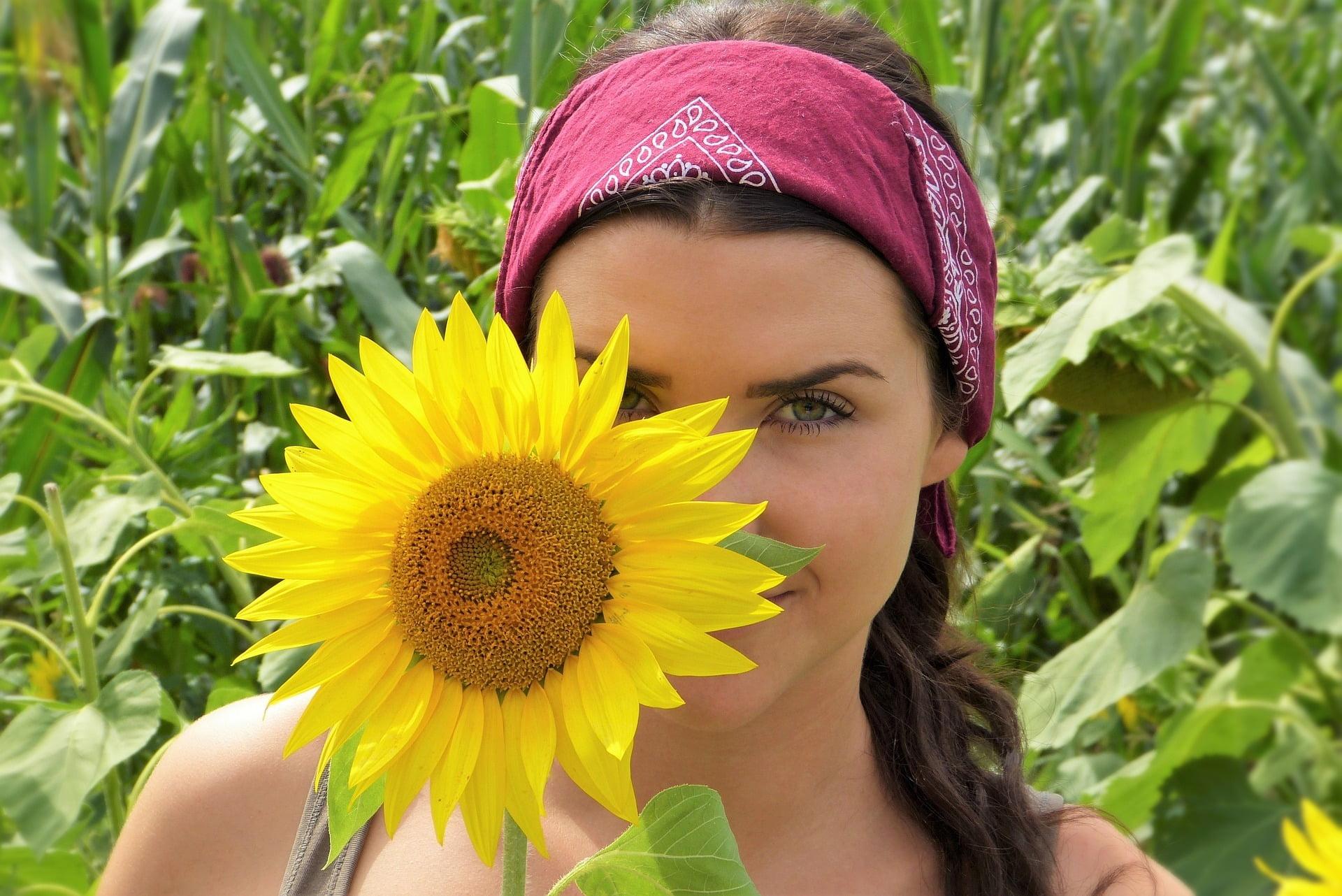 Protejarea părului de soare. 4 trucuri de ajutor în lupta cu soarele