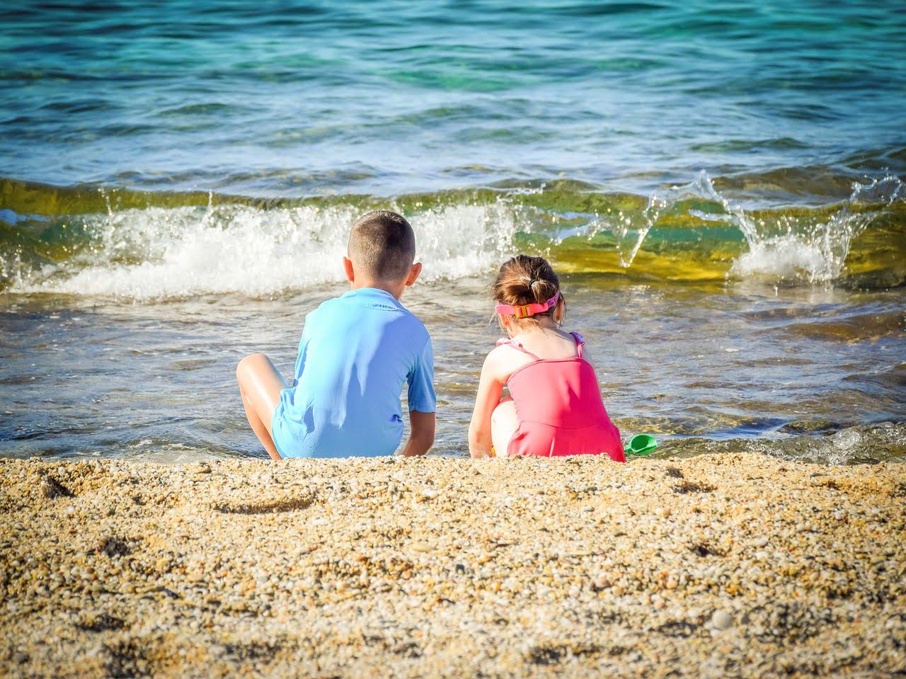 Reguli în vacanță pentru copii. 7 reguli de care să ții cont