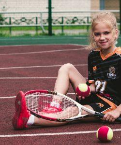 Beneficiile tenisului pentru copii. De ce să practice copiii acest sport?