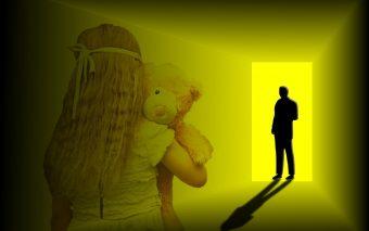 Ca părinți, avem obligația de a lua măsuri pentru ca protejarea copiilor de agresori să fie una reală și eficientă.