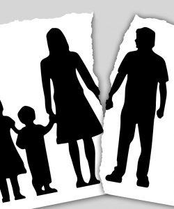 Bărbații care își părăsesc familia au motive variate să o facă