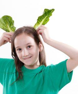 Copilul nu mănâncă carne. Încearcă alternativele verzi.