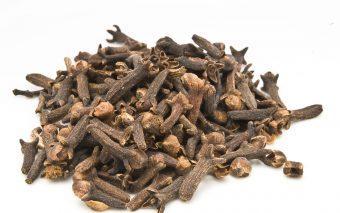 Beneficiile ceaiului de cuișoare. 7 motive pentru a bea ceai de cuișoare