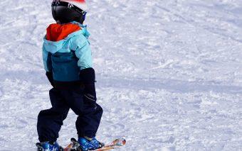 Beneficiile schiului pentru copii. Sănătate, încredere, distracție
