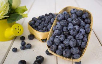 Alimente care încetinesc îmbătrânirea pielii. 8 alimente utile în combaterea îmbătrânirii