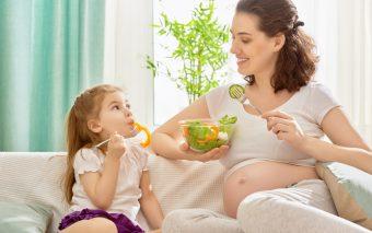 Când apar grețurile în sarcină. 8 lucruri de știut