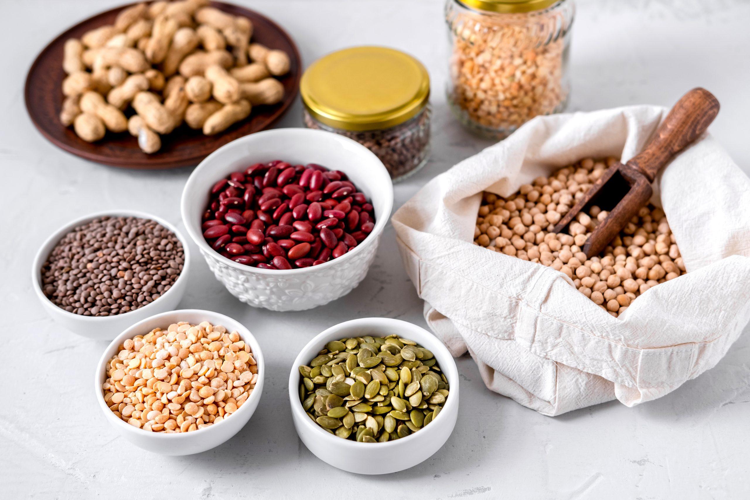 Cu ce putem înlocui proteinele din carne? 9 alimente bogate în proteine vegetale