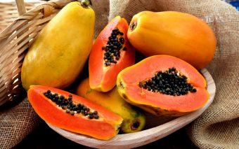 Papaya: cum se mănâncă și ce beneficii are?