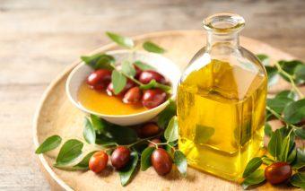 Beneficiile uleiului de jojoba pentru piele și păr