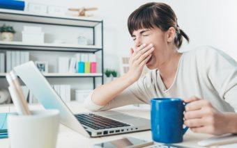 Te trezești obosit dimineața? 7 sfaturi pentru a depăși oboseala dimineții