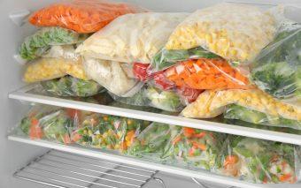 10 alimente pe care să nu le congelezi niciodată. Contează pentru sănătate și gust