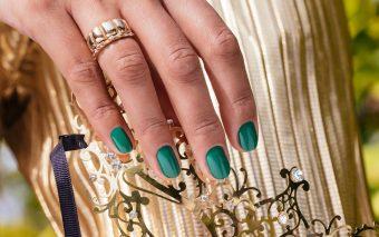 Galben și verde pentru manichiurile primăverii 2021