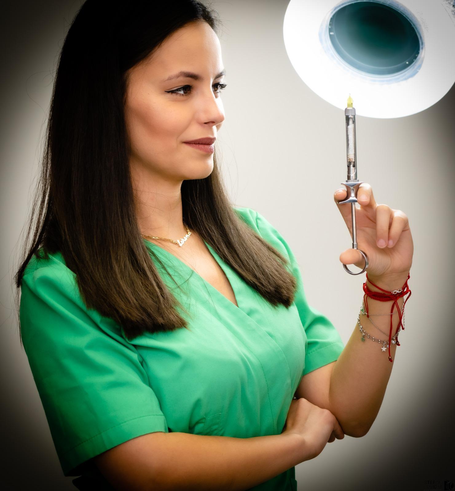 Cum tratăm frica de dentist? Dr. Lorena Silaghi explică pacienților cele mai importante lucruri pe care trebuie să le știe atunci când vin la stomatolog