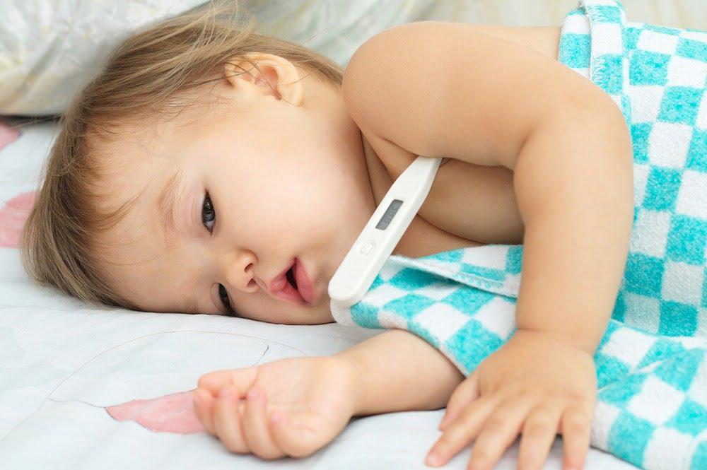 Răceala la nou-născuți și bebeluși. Simptome și remedii