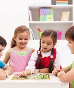 Jocuri pentru copii de 8-10 ani. Cum să-și petreacă timpul?