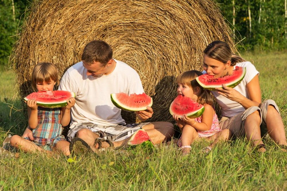 Beneficiile consumului de pepene verde. Ce efecte are cel mai așteptat fruct al verii asupra sănătății?