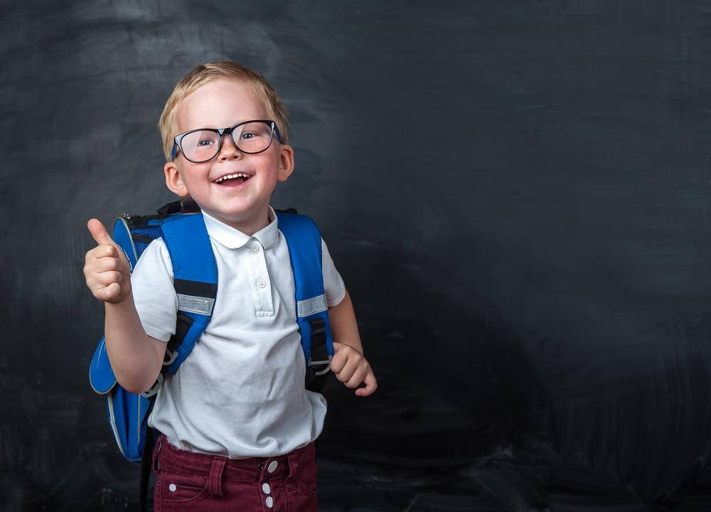 Cum îl faci pe copil să iubească școala? 9 sfaturi de ajutor