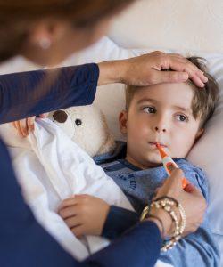 Cum să previi răcelile la copiii mici? Sfaturi de ajutor