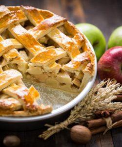 Prăjitură cu mere și nucă – fără gluten